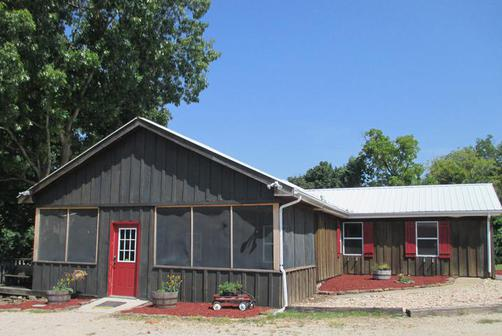 Bear Crossing Cabins - 21587 Highway 112, Cassville MO 65625